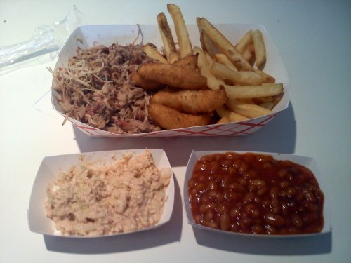 Large pulled BBQ plate